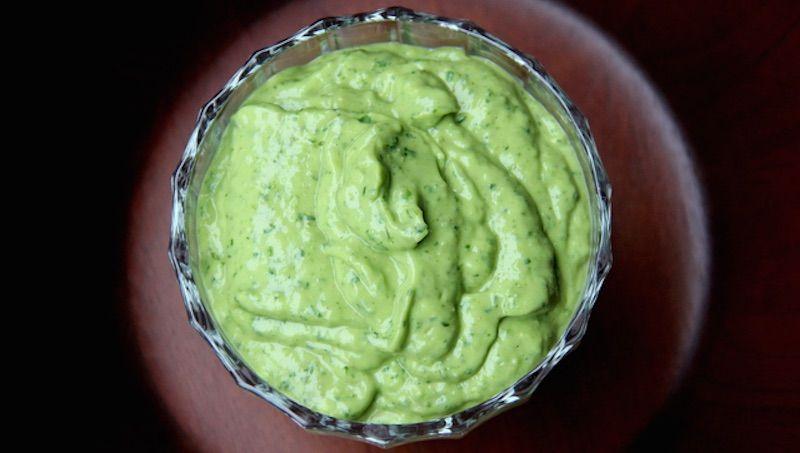 pesto-avocado-basilico